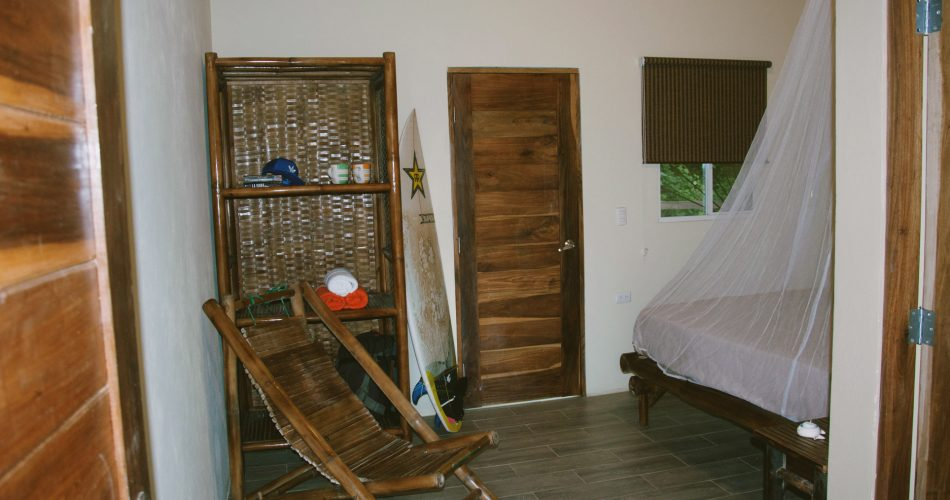room-double-hotel-amarillo-surfcamp-nicaragua